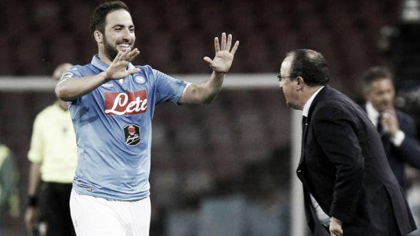 Il Napoli vola verso l'obiettivo Champions