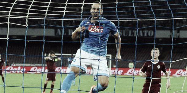 Napoli confirma favoritismo e vence Sparta Praga na estreia da UEL