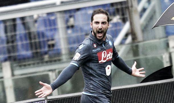 Napoli corsaro all'Olimpico: decide Higuain