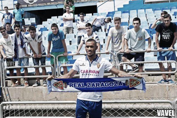 Fotos e imágenes de la presentación de Freddy Hinestroza con el Real Zaragoza