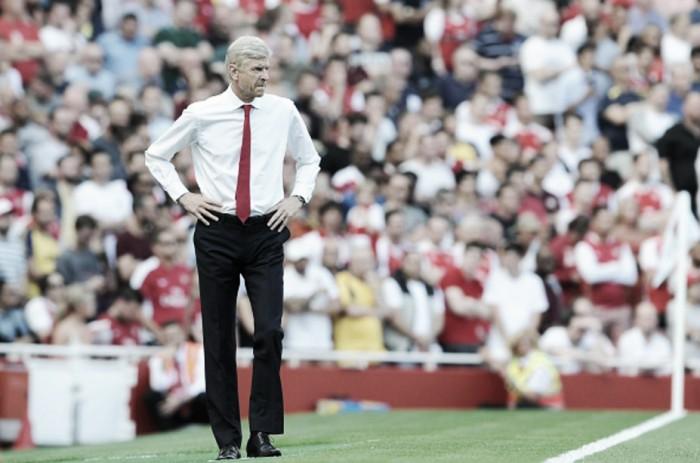 """Após derrota em clássico, Arsene Wenger admite: """"Precisamos de novos jogadores"""""""