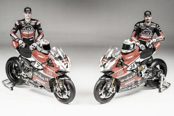 Superbike, ecco la nuova 1199 Panigale R del team Ducati Aruba Racing