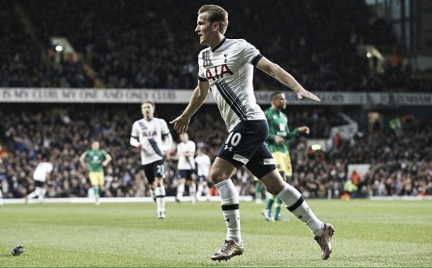 Dominio Tottenham, Kane e Carroll consolidano il quarto posto. Norwich battuto