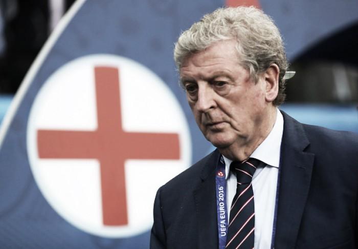 Hodgson não suporta pressão após revés para Islândia e renuncia cargo de técnico da Inglaterra