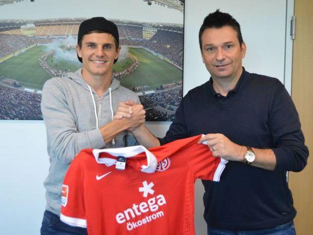 Mainz sign Wollscheid and Hofmann
