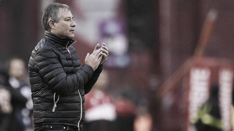 """Holan: """"Ver jugar así a Independiente me conmueve"""""""