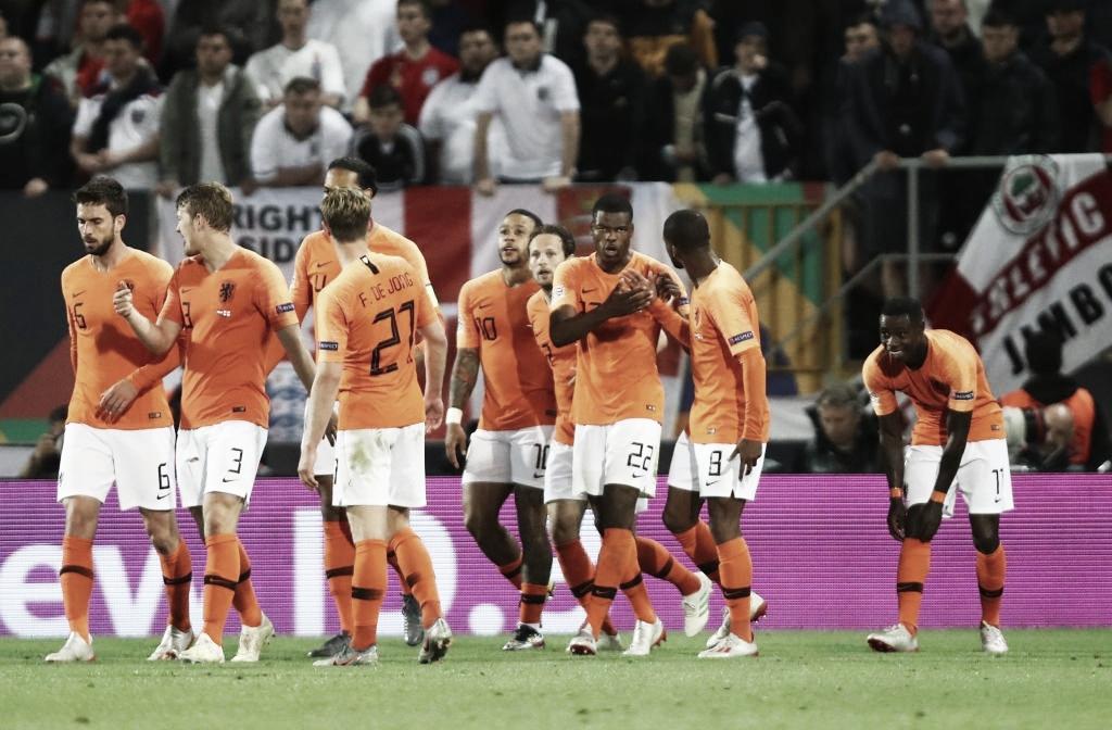 Holanda conta com falhas da Inglaterra na prorrogação e vai à decisão da Nations League