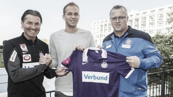 Holzhauser vuelve a Austria en busca de minutos