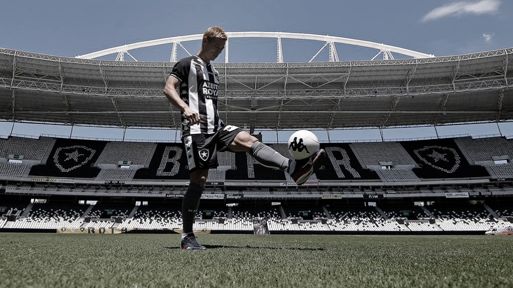 Botafogo x Bangu: estreia de Honda sem público no confronto direto pela classificação
