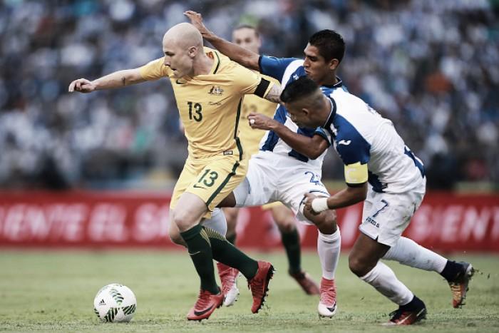 Honduras passa sufoco, mas garante empate com Austrália no primeiro jogo da repescagem