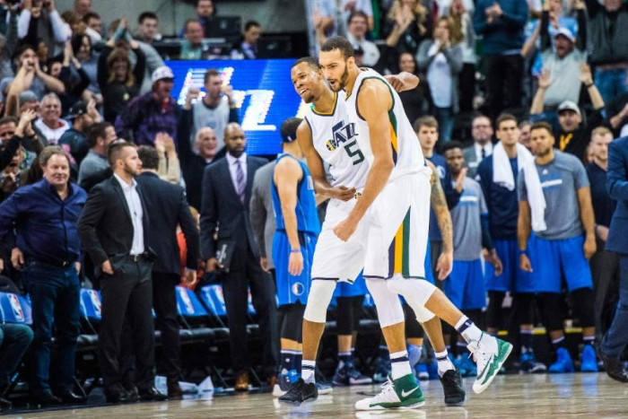 NBA - I Lakers tornano alla vittoria. Clippers corsari a Miami, Utah la spunta sulla sirena con Hood