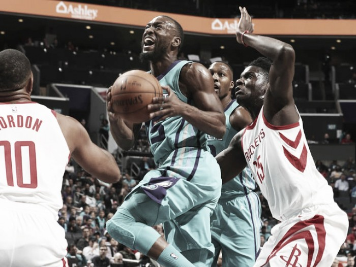 Los Rockets siguen desplegando buen básquet