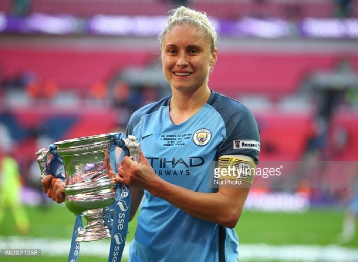 Steph Houghton pens new deal with Manchester City
