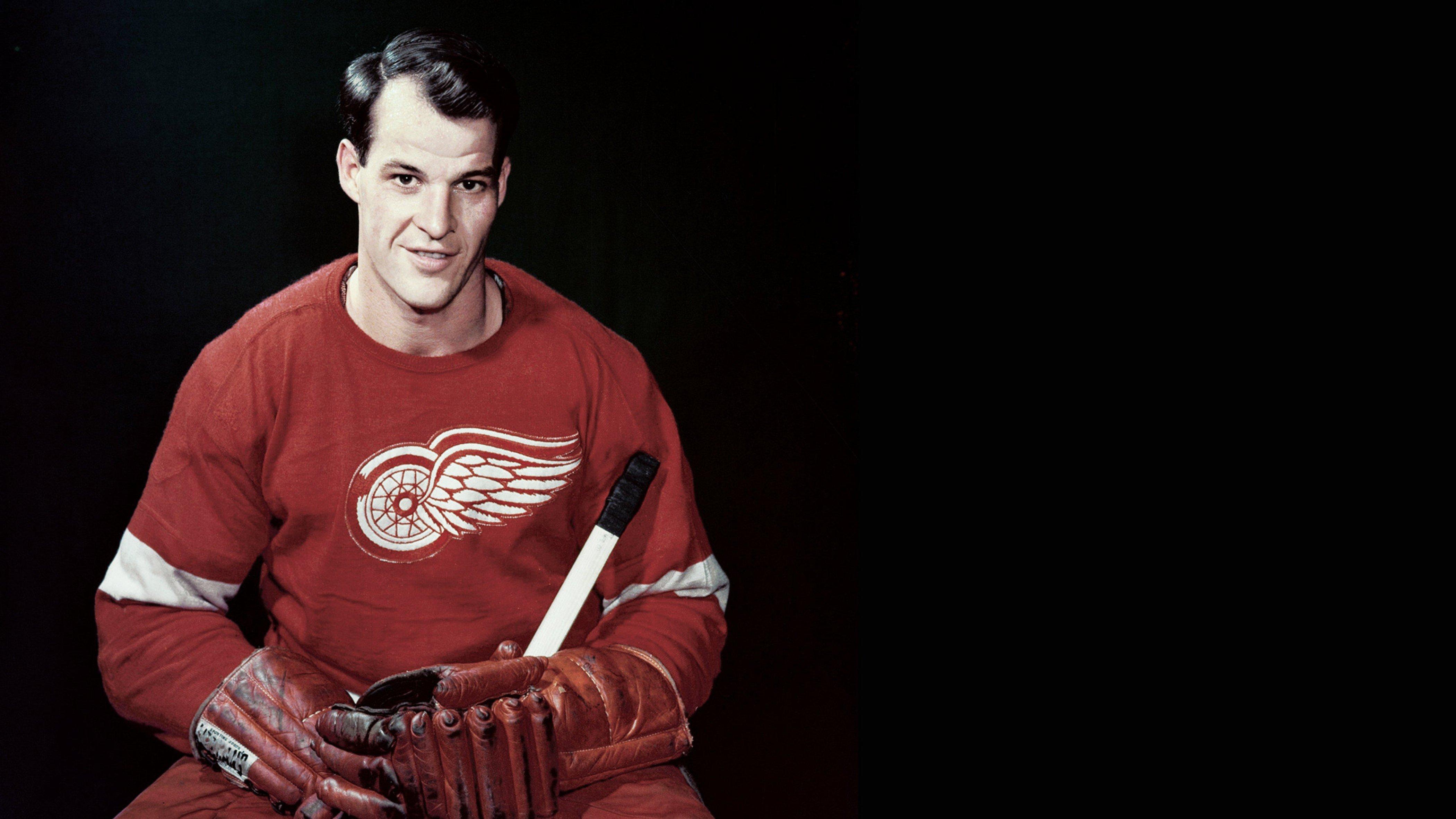 Gordie Howe: Mr. Hockey retired today in 1971