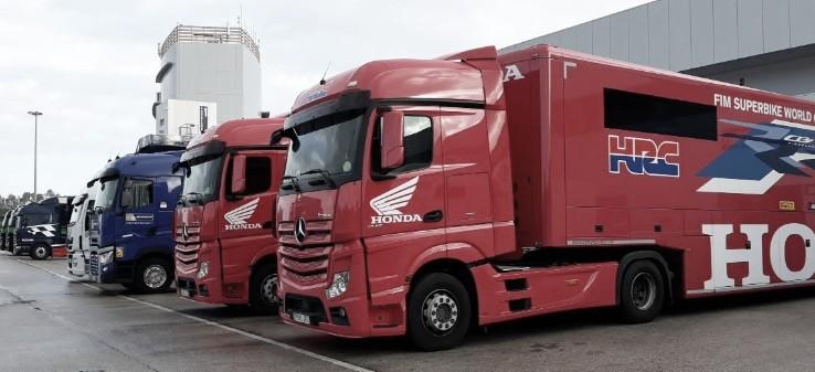 Camiones de HRC en Paddock. Foto: circuitodejerez.com