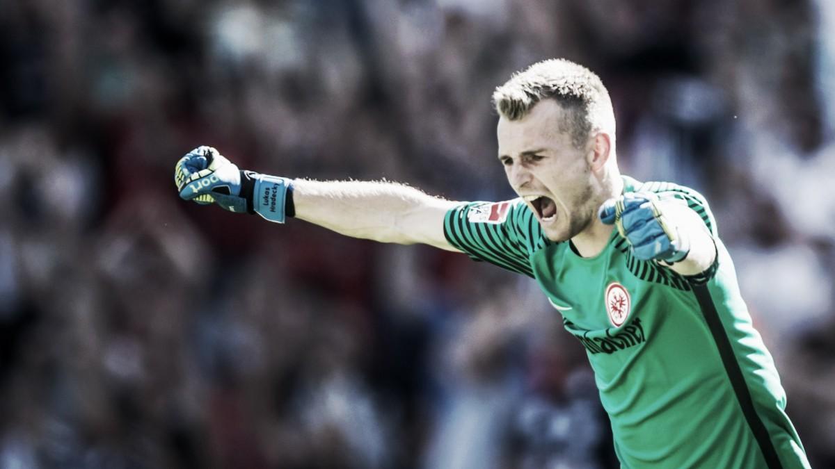 Bayer Leverkusen prepara una oferta por Hradecky