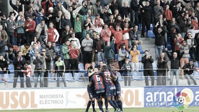 El Huesca continua su buena racha en casa