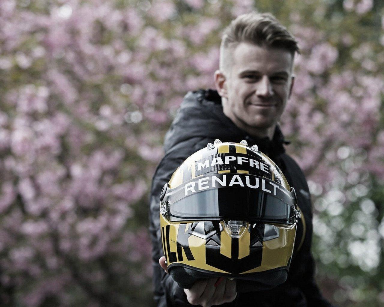Pilotos usarão pinturas retrô em seus capacetes para o GP de número 1000, na China