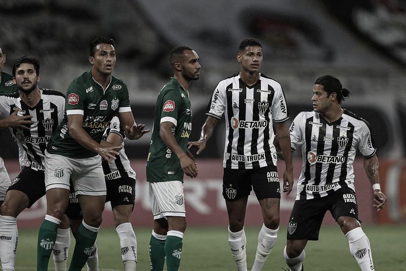 Hulk estreia com assistência e Atlético-MG goleia Uberlândia