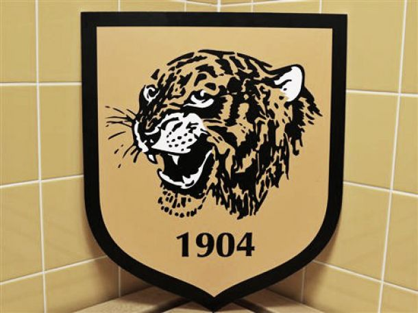 Un nuevo escudo sin nombre para el Hull City