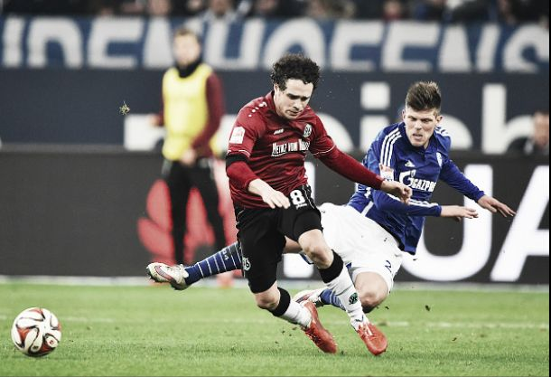 Schalke 04 1-0 Hannover 96: Höger's first half strike enough to seal all three points
