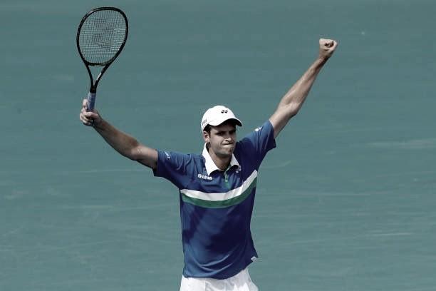 Hurkacz surpreende, elimina Rublev e é finalista do Masters 1000 de Miami