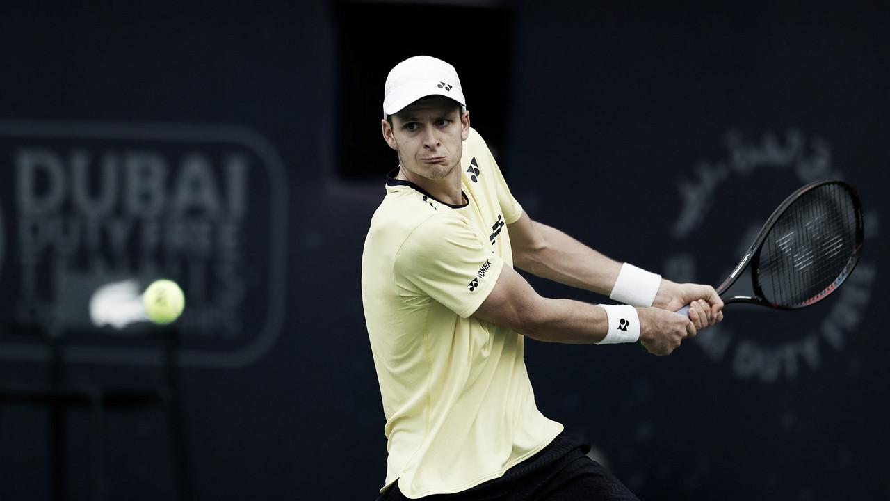 Nishikori é surpreendido por Hurkacz e dá adeus ao ATP 500 de Dubai