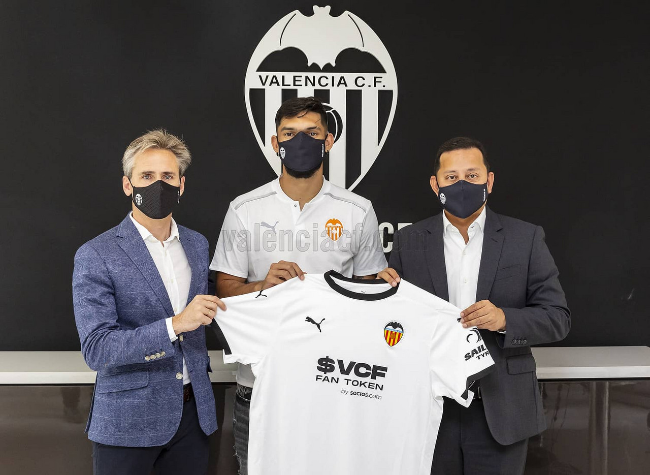 Omar Alderete ficha por el Valencia