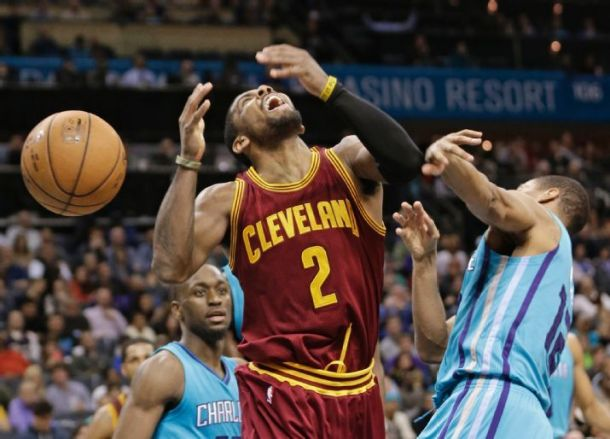 Cleveland Cavaliers Squeeze Past Charlotte Hornets