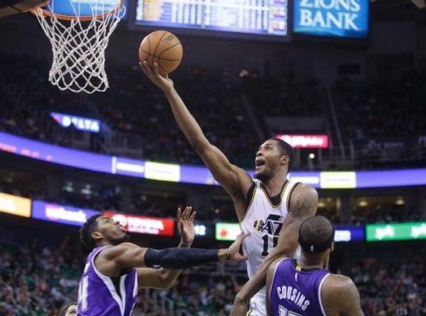 Utah Jazz Ease Past Sacramento Kings