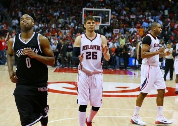 Korver & Co. Hold On Late As Hawks Soar Past Brooklyn In Game 2