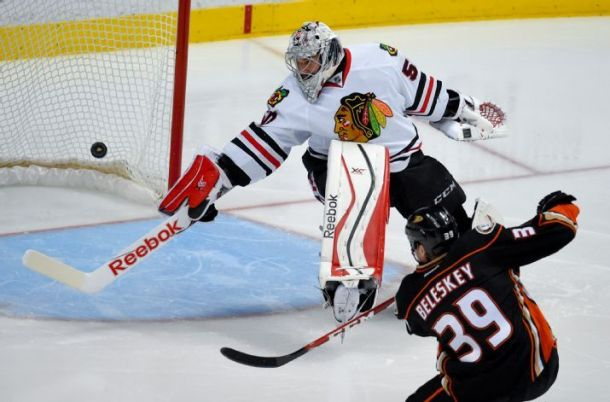 Anaheim Ducks Survive Chicago Rally To Push Blackhawks To The Brink
