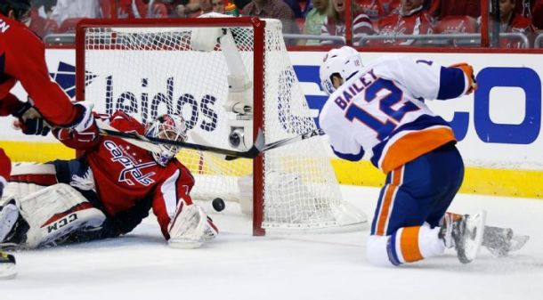 Islanders Take Game One In Washington