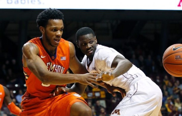 Minnesota Golden Gophers Erase Halftime Deficit, Down Clemson Tigers