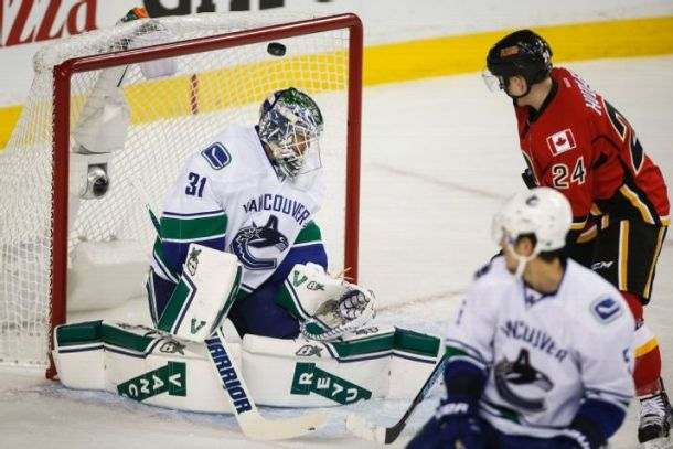 Calgary Flames Take Commanding 3-1 Series Lead Over Vancouver Canucks