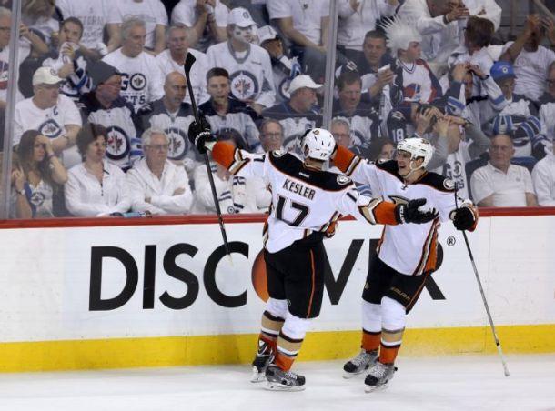 Anaheim Ducks Rally to Take 3-0 Series Lead over Winnipeg Jets