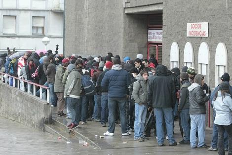 Las 432 entradas para el Mirandés-Athletic, a 90 euros cada una