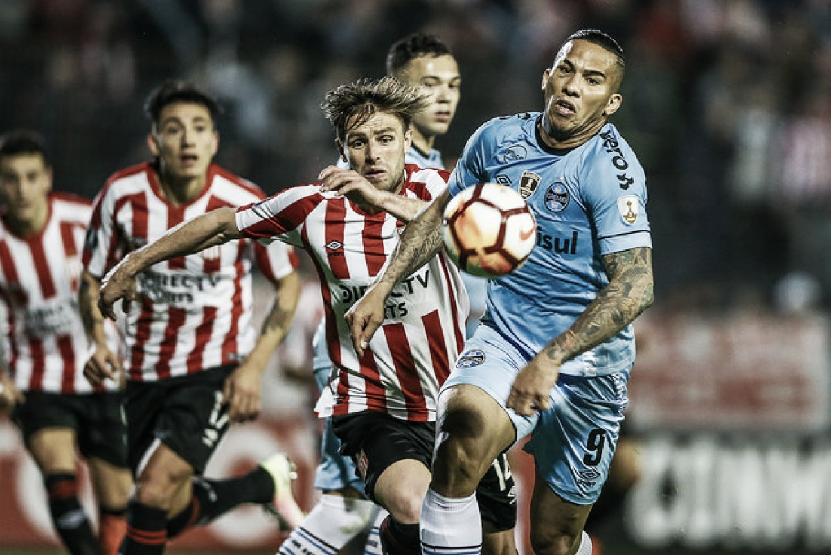 Grêmio joga mal e perde para o Estudiantes fora de casa pela Libertadores