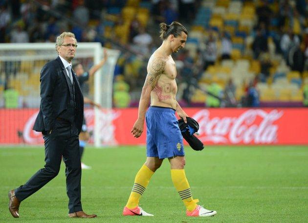 Suecia 2 - 3 Inglaterra: Welbeck sentencia el adiós sueco