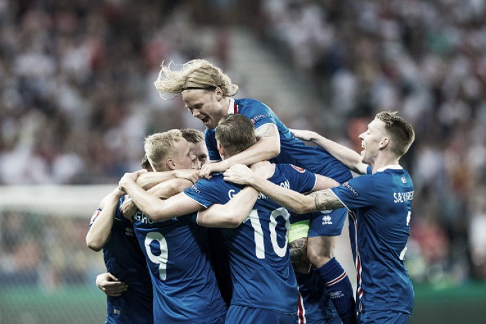 Islândia surpreende, bate Inglaterra de virada e chega às quartas da Euro