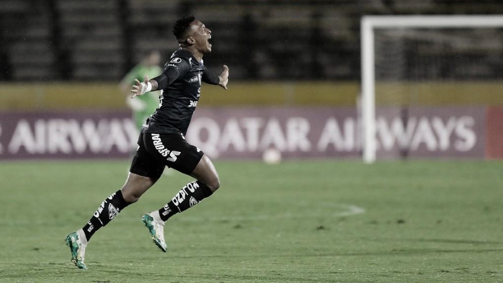Ind. del Valle derrota Junior Barranquilla e segue na liderança do grupo do Flamengo