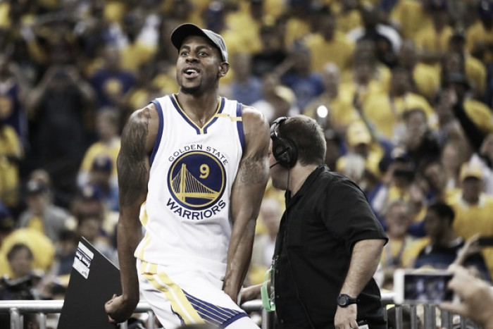 Andre Iguodala agrees to re-sign with Golden State Warriors