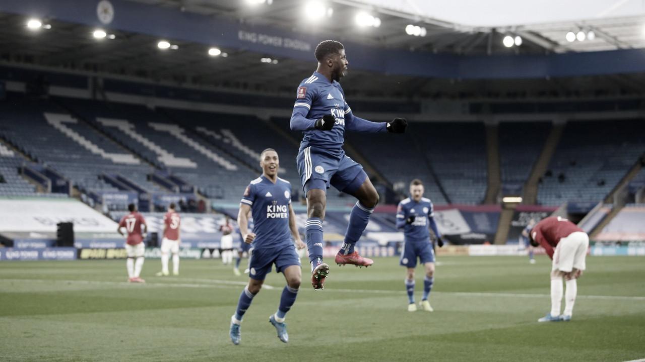 Leicester vence Manchester United e avança às semifinais da FA Cup