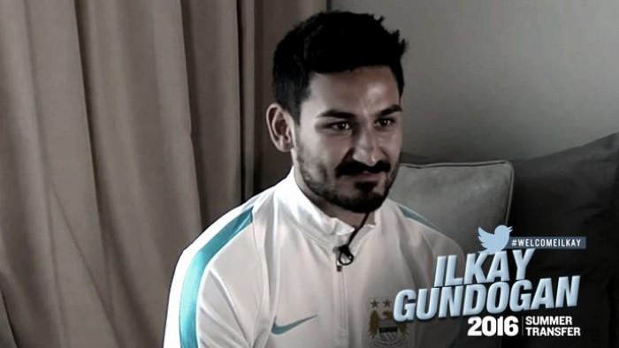 Meia Gündogan confirma rumores e sela ida ao Manchester City