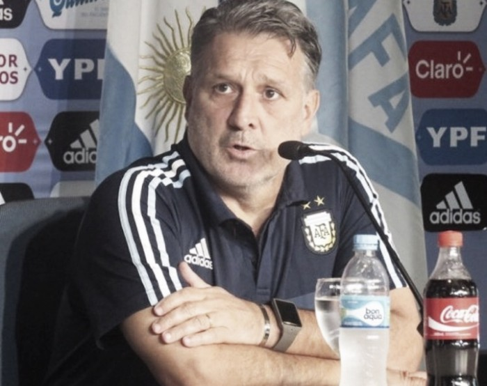 "Martino: ""Si conseguimos los 6 puntos podemos ir a Estados Unidos pensando exclusivamente en la Copa América"""