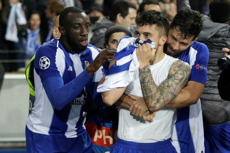 Porto regressa às vitórias em noite europeia