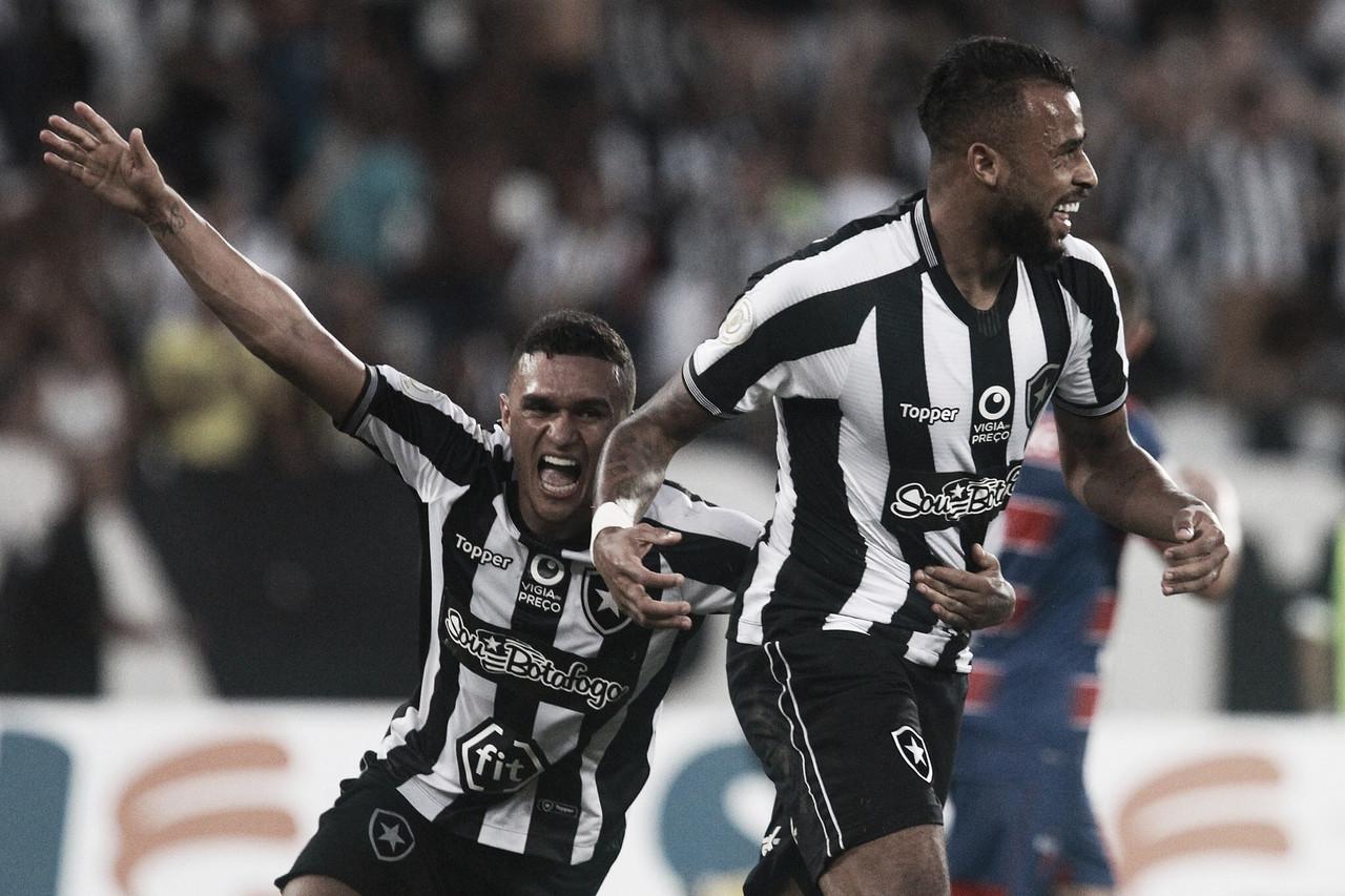 Estrela do técnico brilha e Alex Santana garante vitória do Botafogo sobre o Fortaleza