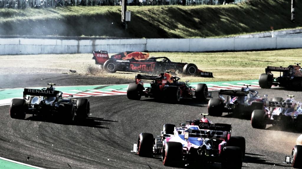 Por incidente na curva 2, Verstappen chama Leclerc de irresponsável no GP do Japão