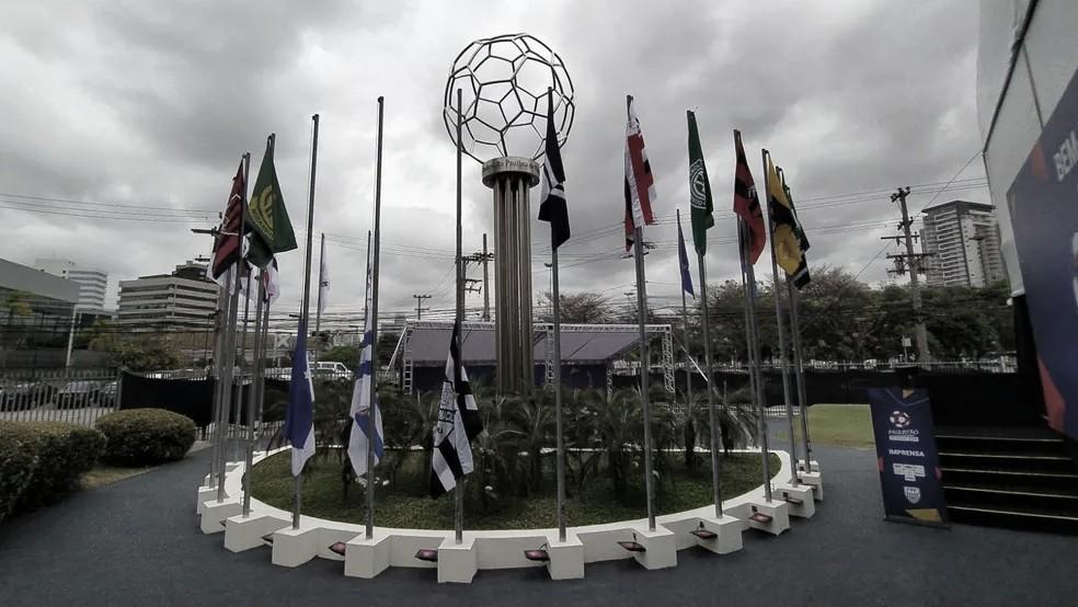 FPF projeta 'bolha' para retomar Paulistão
