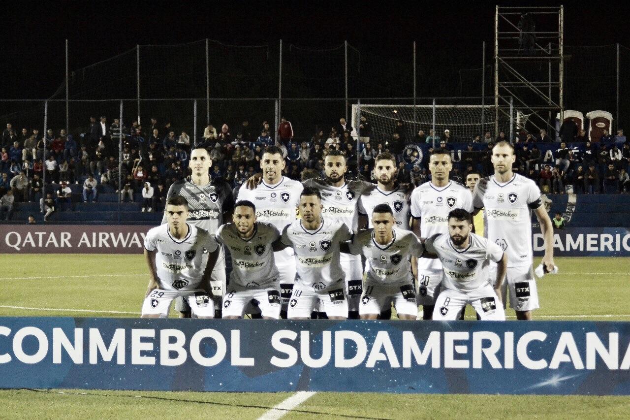 Com vantagem do empate para se classificar, Botafogo enfrenta o Sol de América no Nilton Santos